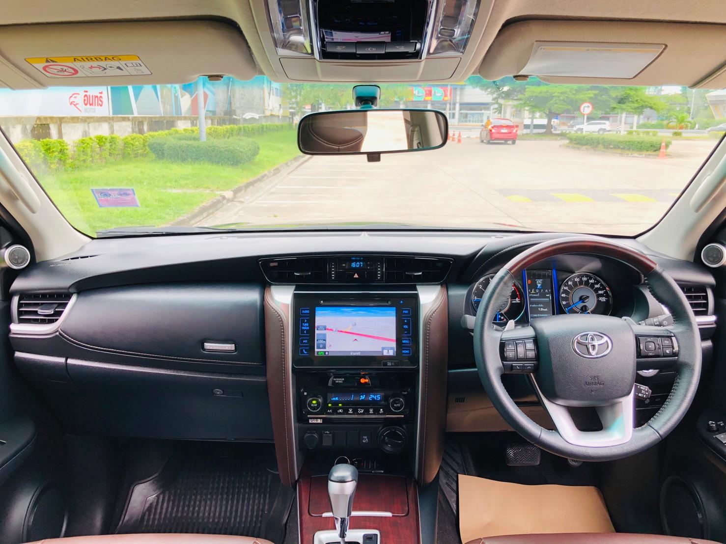 ภาพทรรศนวิศัย โตโยต้า ฟอร์จูนเนอร์ 2.4 V 4WD ปี 2018