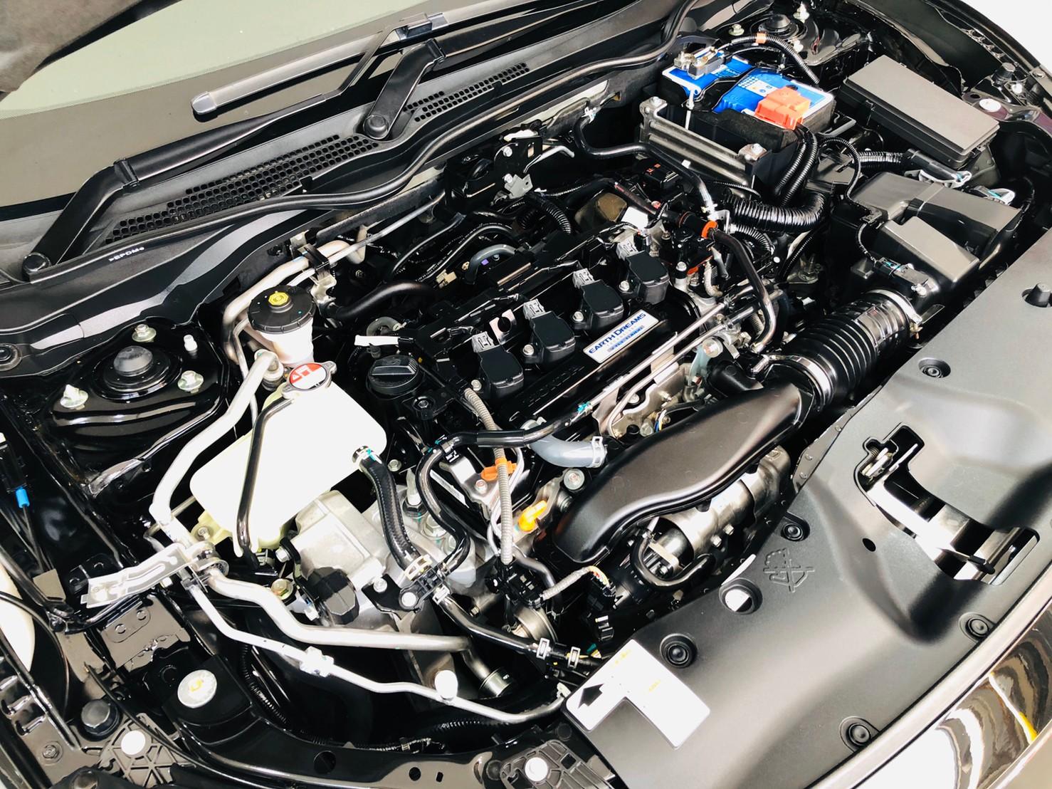ภาพห้องเครื่อง ฮอนด้า ซีวิค FC 1.5 Turbo RS ปี 2016