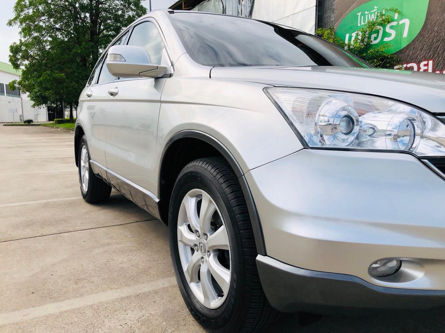 ภาพไฟหน้า ฮอนด้า ซีอาร์-วี 2.0 E 4WD ปี 2011