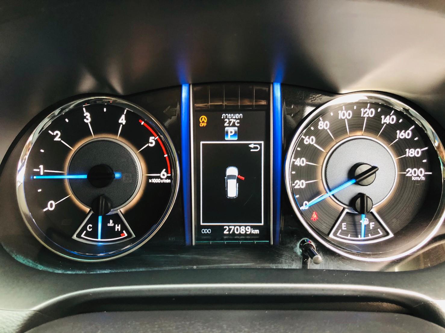 ภาพหน้าปัดเลขไมล์ โตโยต้า ฟอร์จูนเนอร์ 2.4 V 4WD ปี 2018