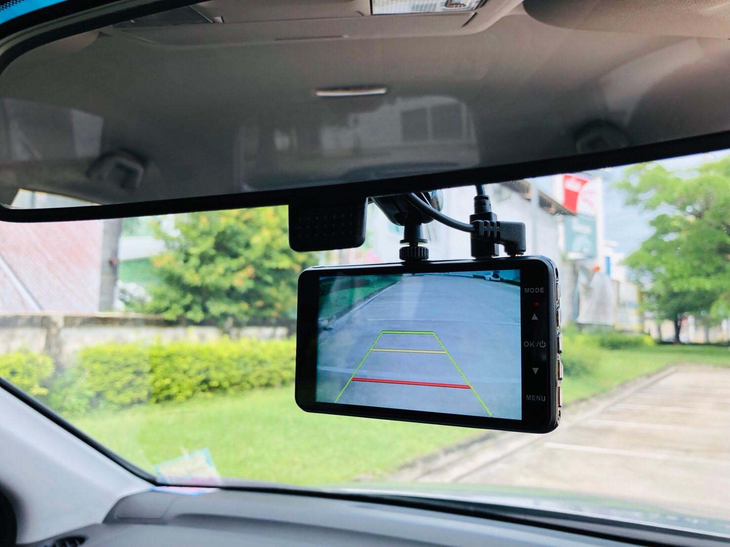 ภาพกล้องมองหลัง ฮอนด้า ซีอาร์-วี 2.0 E 4WD ปี 2011