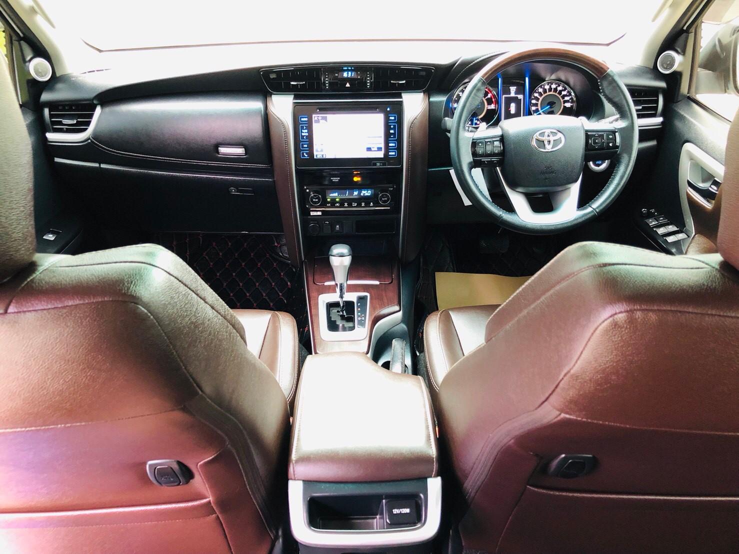 ภาพทรรศนะวิสัย โตโยต้า ฟอร์จูนเนอร์ 2.4 V 2WD ปี 2017