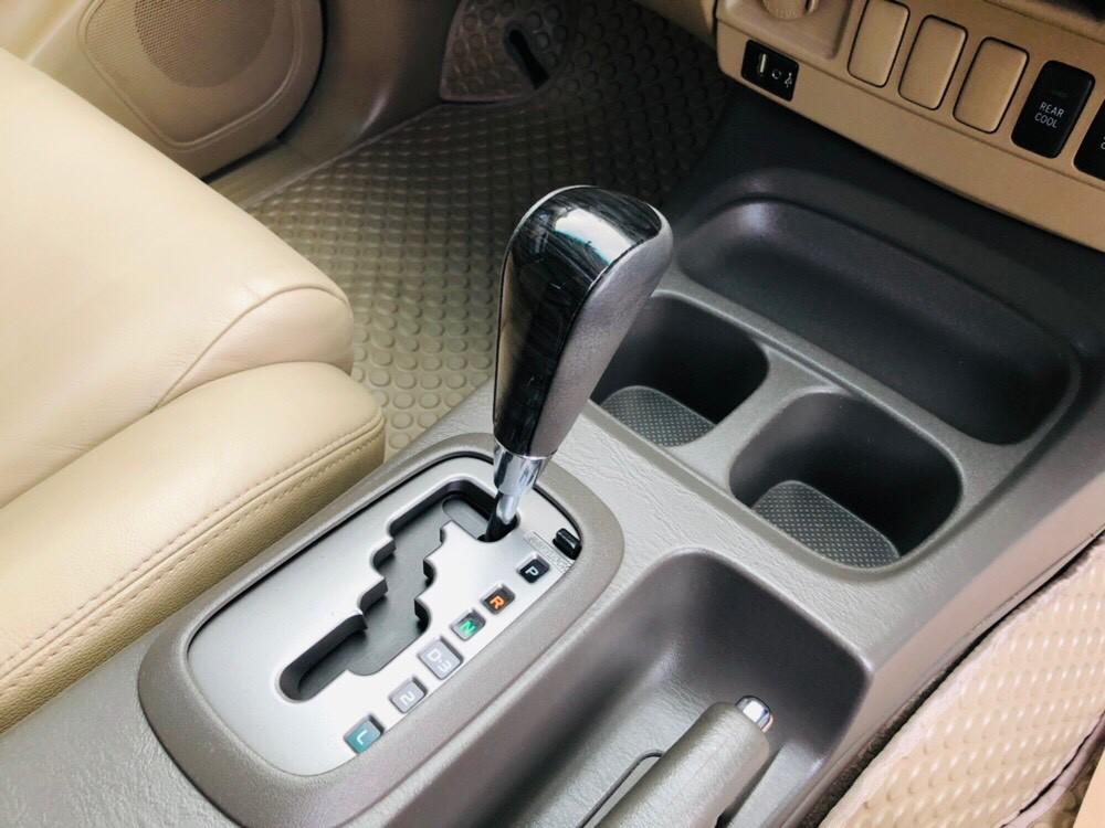 ภาพเกียร์ โตโยต้า ฟอร์จูนเนอร์ 3.0 V 2WD ปี 2013