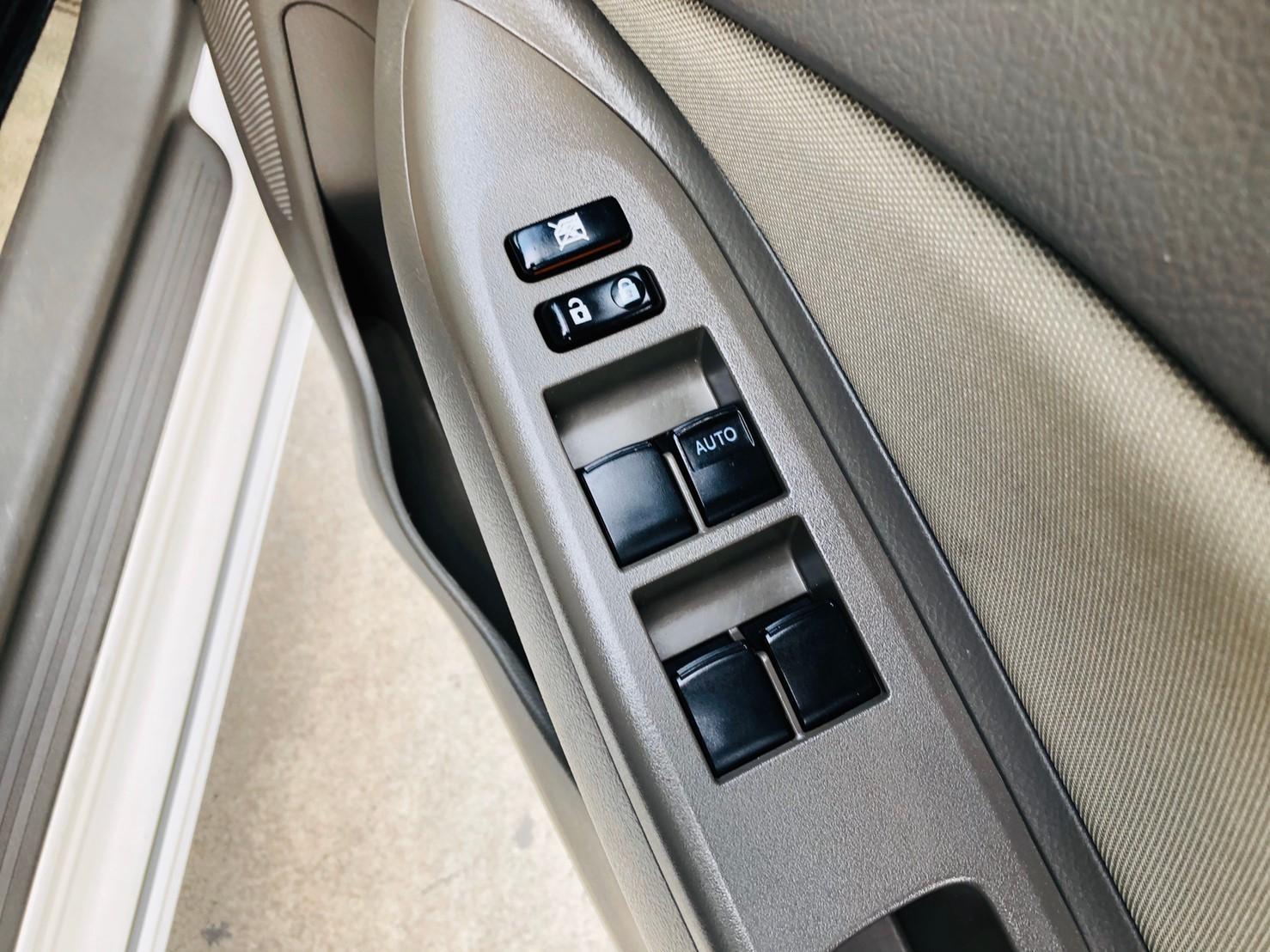 ภาพกระจกไฟฟ้า โตโยต้า วีออส 1.5 ABS AIRBAG ปี 2011