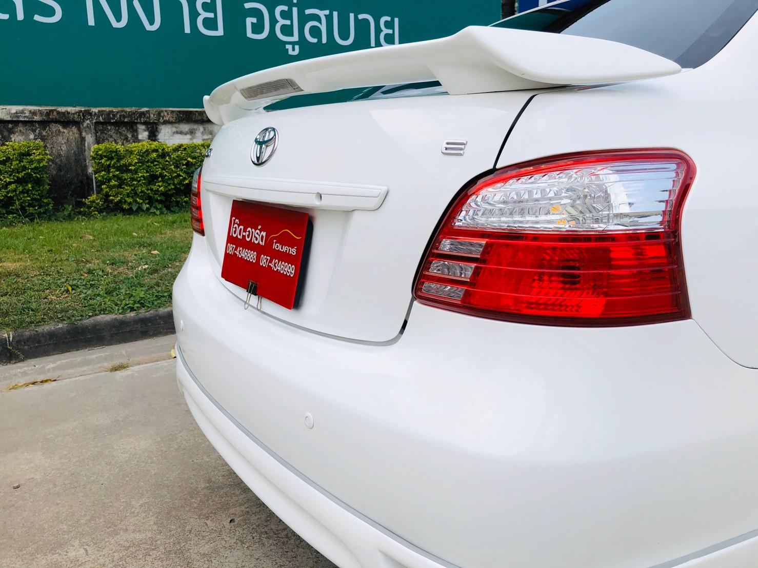 ภาพไฟท้าย โตโยต้า วีออส 1.5 ABS AIRBAG ปี 2011