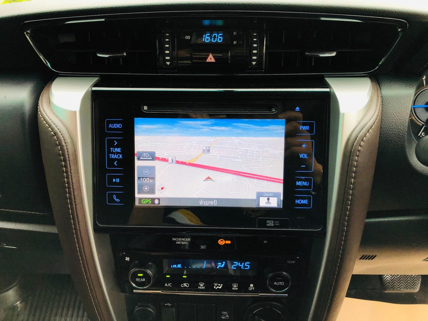 ภาพระบบนำทาง โตโยต้า ฟอร์จูนเนอร์ 2.4 V 4WD ปี 2018