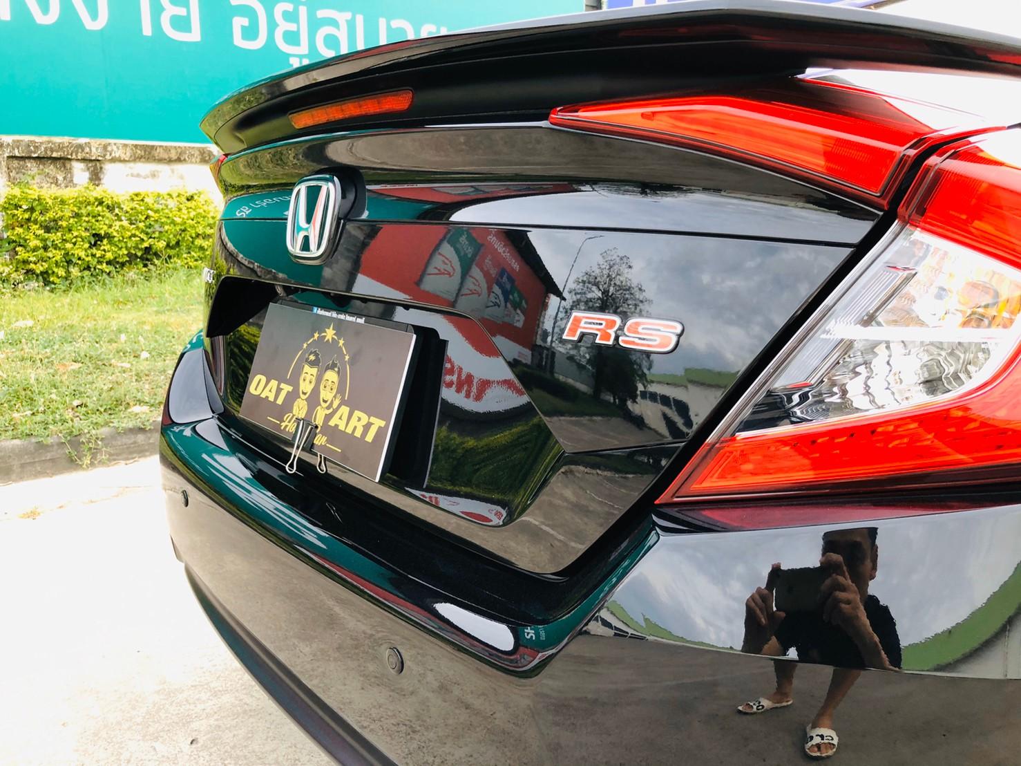 ภาพไฟท้าย ฮอนด้า ซีวิค FC 1.5 Turbo RS ปี 2016