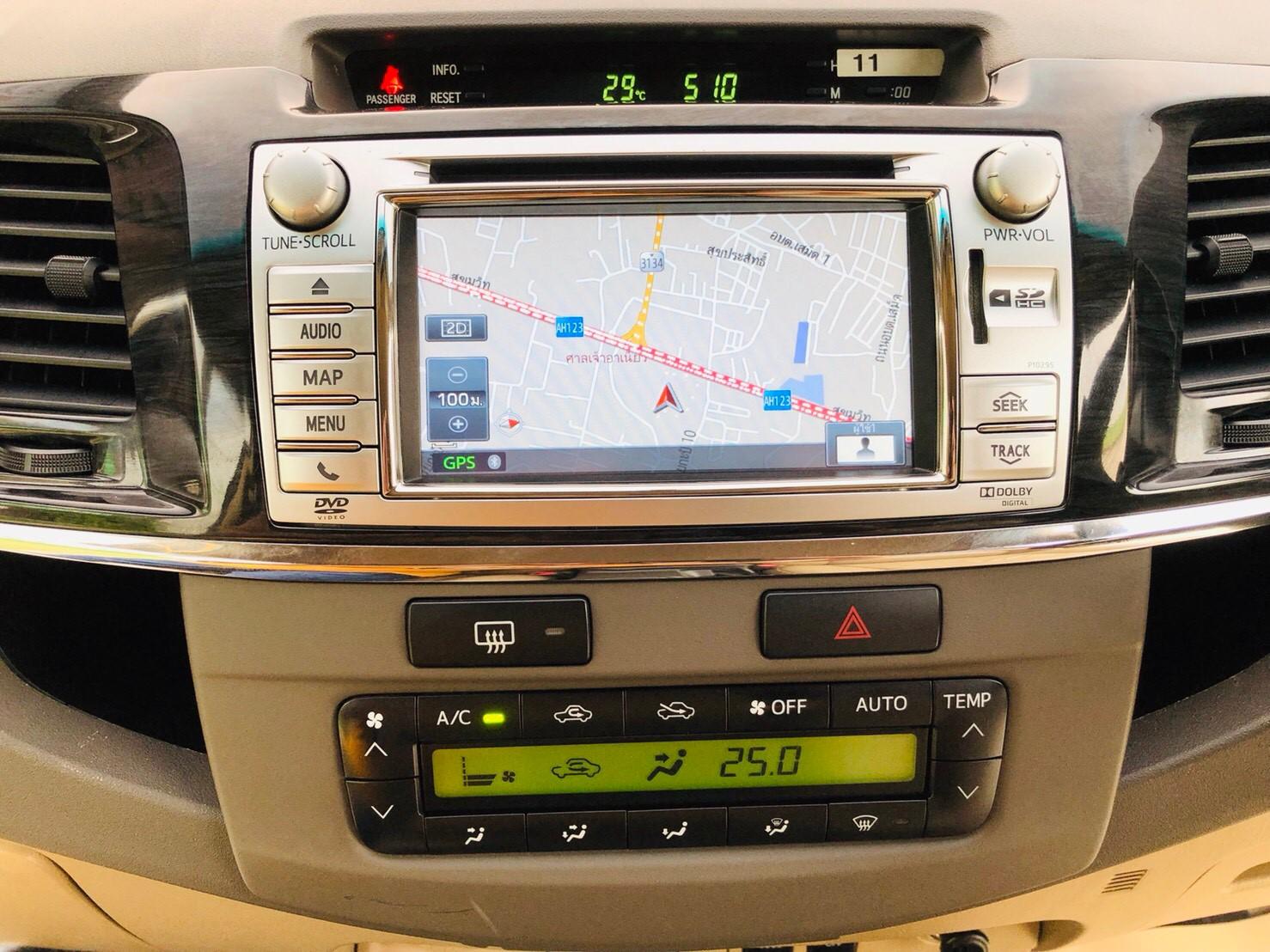 ภาพเครื่องเสียง โตโยต้า ฟอร์จูนเนอร์ 3.0 V 4WD ปี 2013