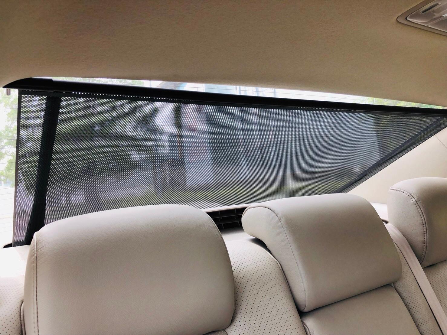 ภาพม่านหลัง โตโยต้า แคมรี่ไฮบริด 2.4 ปี 2012