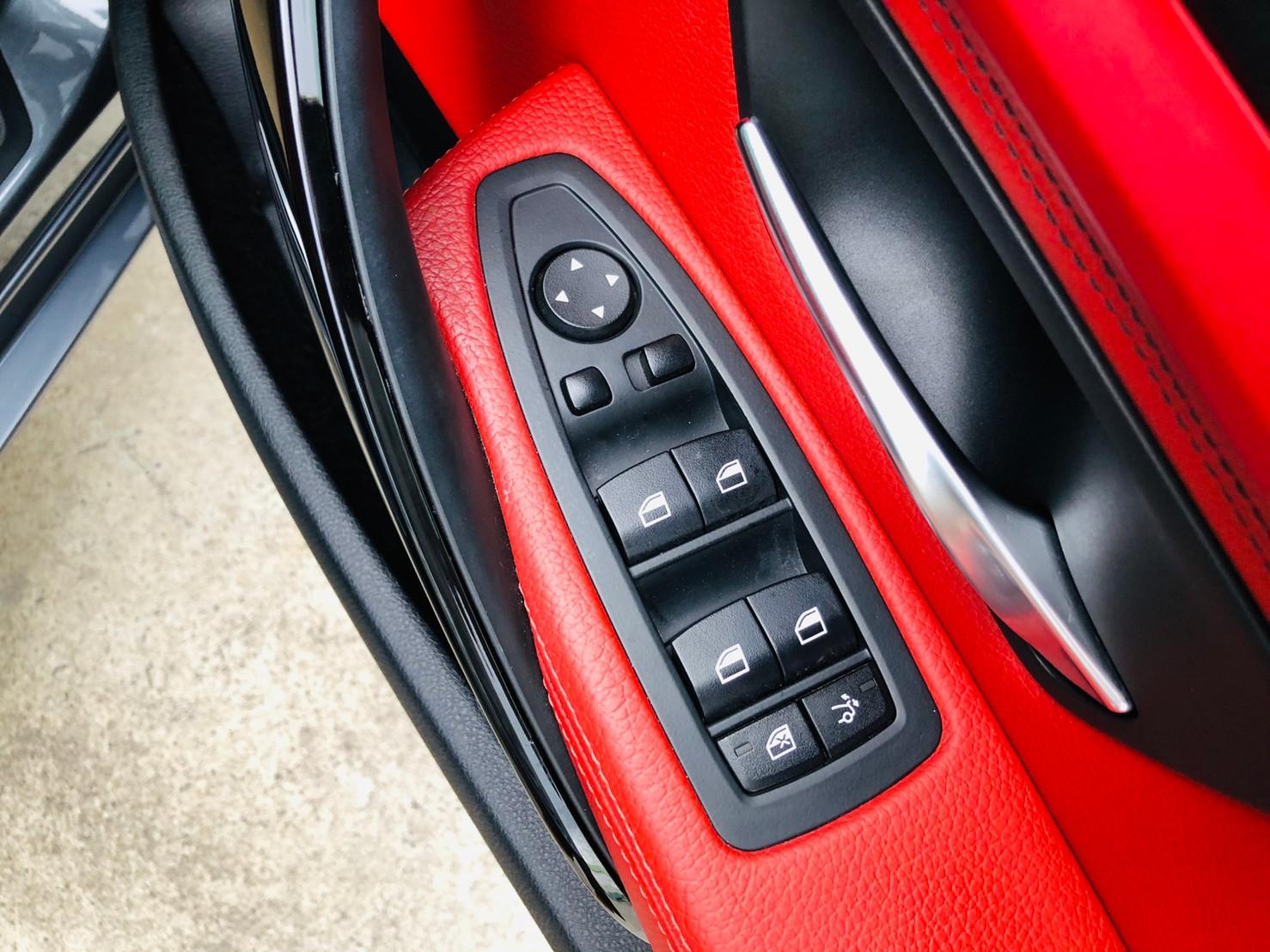 ภาพกระจกปรับไฟฟ้า บีเอ็มดับบลิว ซีรีส์ 3 320D Gt Sport ปี 2015