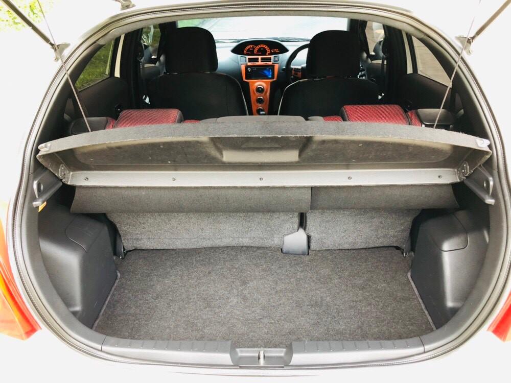 ภาพท้ายรถ โตโยต้า ยาริส 1.5 RS ปี 2013