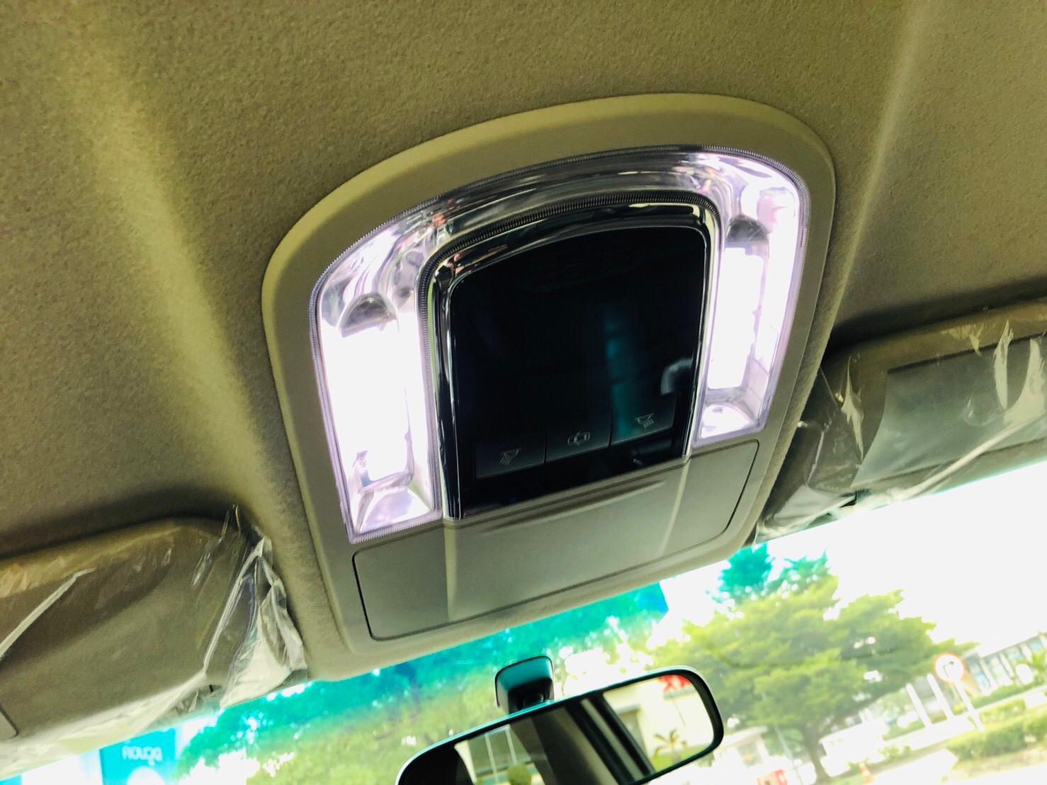ภาพไฟ โตโยต้า ฟอร์จูนเนอร์ 2.4 V 2WD ปี 2017