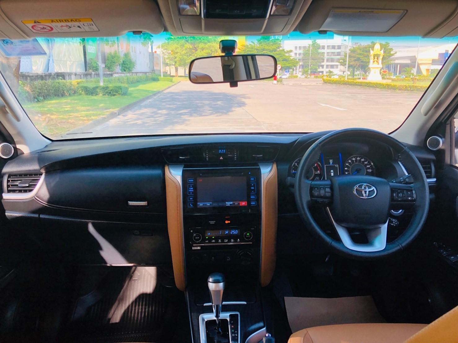 ภาพทรรศนะวิสัย โตโยต้า ฟอร์จูนเนอร์ 2.8 V 4WD ปี 2016