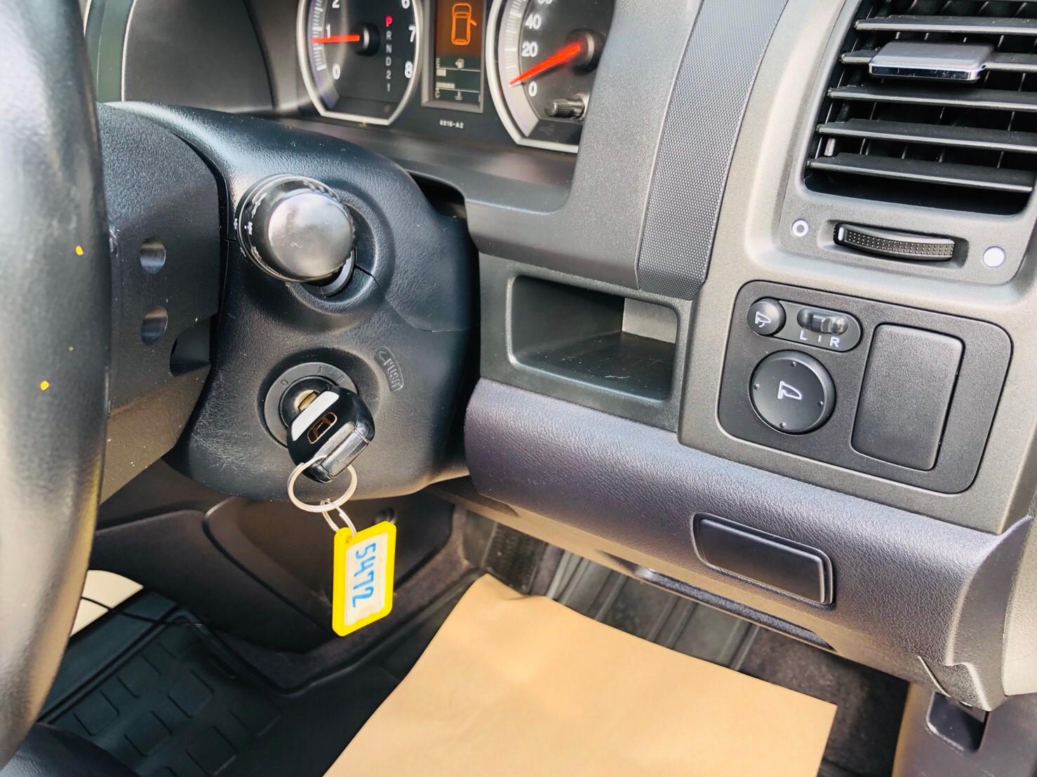 ภาพกุญแจ ฮอนด้า ซีอาร์-วี 2.0 E 4WD ปี 2011