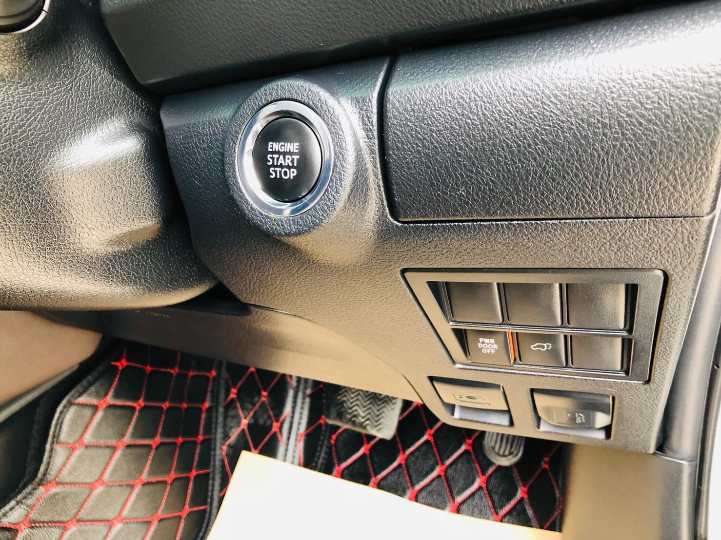ภาพปุ่ม Start โตโยต้า ฟอร์จูนเนอร์ 2.4 V 2WD ปี 2017